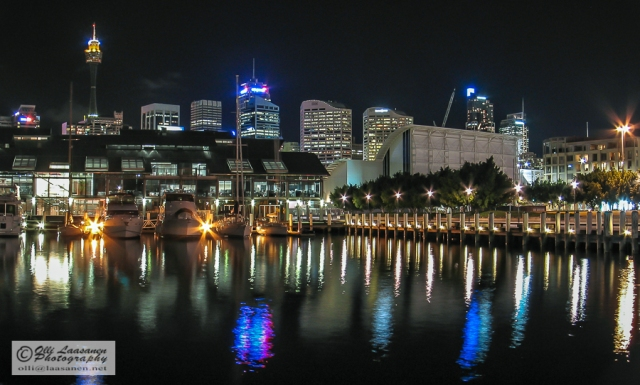 Night view over the Pyrmont Bay
