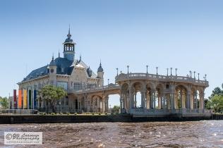 Tigre Club, the home of the Tigre Municipal Museum of Fine Art.