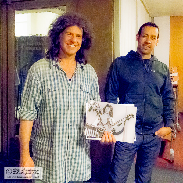 Pat Metheny, holding a picture of him taken 40 years ago, and Antonio Sanchez. (Helsinki, April 28, 2014)