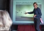 Liisa Söderlund kertoi hankkeestaan,  jossa Helsingin asunnottomat kuvasivat elinympäristöään.     Hankkeella oli myönteinen vaikutus monen asunnottomaan elämään ja omanarvontuntoon.