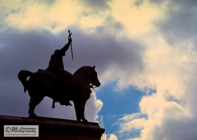 The horse of King Saint Louis blowing the clouds away at Sacré-Cœur.